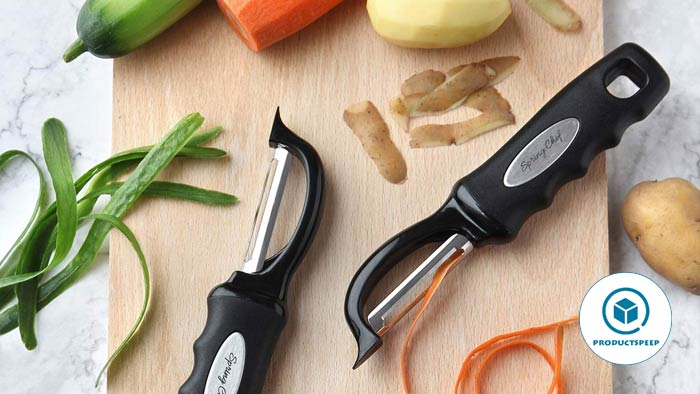 Vegetable peeler - Best kitchen tools